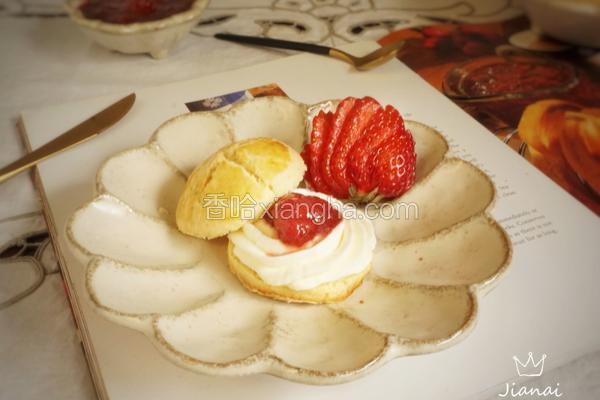 創意水果菜+草莓醬小奶酥