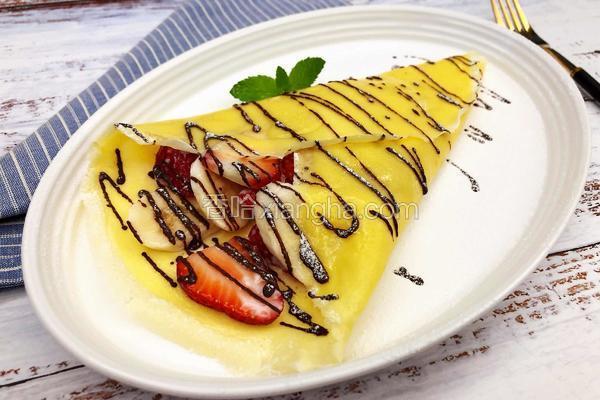 水果酸奶可丽饼