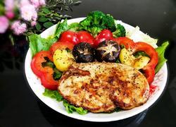 香煎鸡胸肉(轻食减脂)