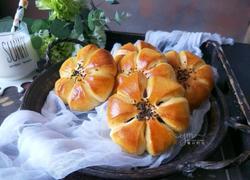 花朵豆沙面包