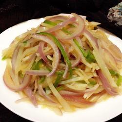 洋葱清炒土豆丝的做法[图]
