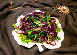 紫甘蓝拌苦菊