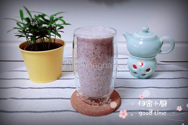 黑玉米玫瑰牛奶饮