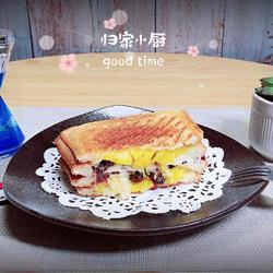 芒果芝士封边三明治