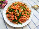 韭菜苔炒河虾的做法[图]