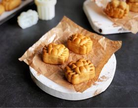 蛋黄月饼(螃蟹造型)[图]