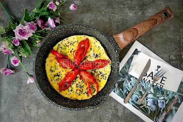 蒜香龙虾煎蛋饼