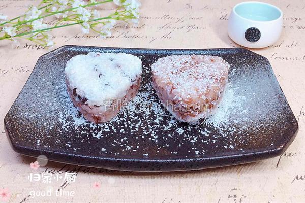 山药蜜豆红米饭团