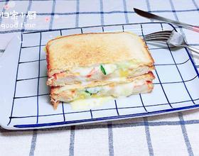 爆浆芝士蟹肉三明治(5分钟快手餐)[图]