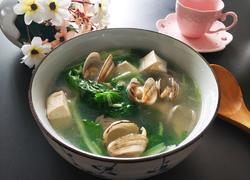 小白菜蚶子豆腐汤