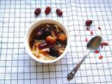 红枣桂圆双耳汤的做法[图]