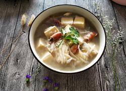 萝卜墨斗豆腐汤