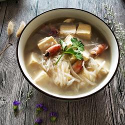 萝卜墨斗豆腐汤的做法[图]