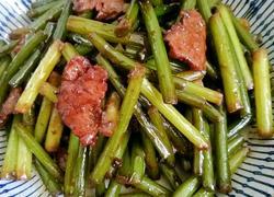 快手好吃的下饭菜蒜苔炒肉