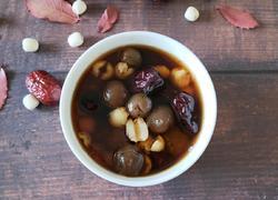 莲子红枣桂圆汤