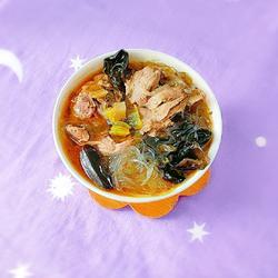 木耳酸菜粉丝老鸭汤