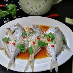 清蒸白鯧魚的做法[圖]