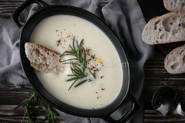 花椰菜洋葱浓汤