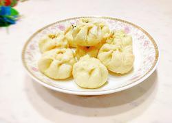 牛腩韭菜包子