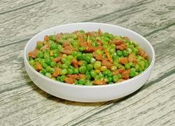 牛肉粒炒豌豆