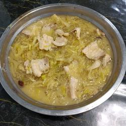 酸菜燉五花肉粉條的做法[圖]