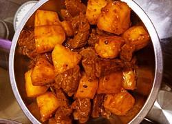 黑椒澳洲牛肉粒炒菠萝