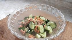 金钩海米拌黄瓜的做法图解9