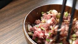 紫菜炒肉的做法图解5