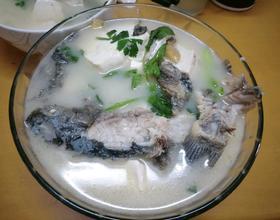 鲫鱼汤[图]