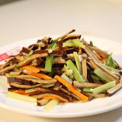 熏干芹菜的做法[图]