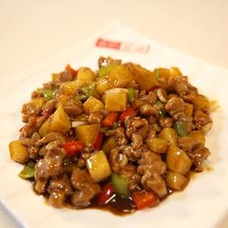 黑椒炒鸭丁