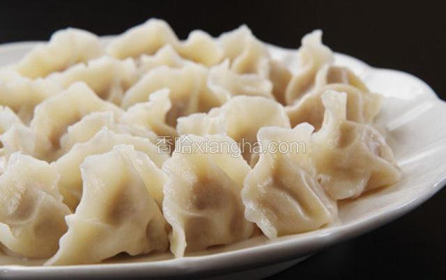羊肉韭菜元宝饺子