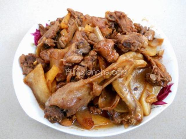 黄梅野鸭炒酸菜