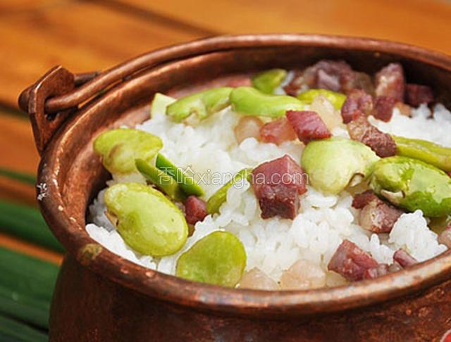 丽江豆焖饭
