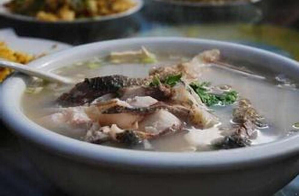 清汤蘸水鱼
